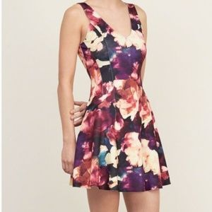 Abercrombie & Fitch Neoprene Floral Dress